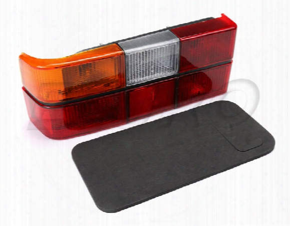 Tail Light Assembly - Driver Side (black Trim) (w/o Bulb) Volvo 1372449