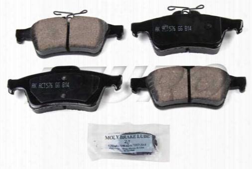 Disc Brake Pad Set - Rear - Akebono Eur1095 Saab 99900003
