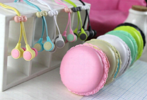 New Arrival Macaron Stereo Earphones Earbuds Handsfree Earphone For Cell Phone Retail Package