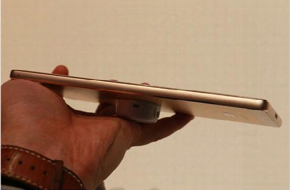 Original Huawei P8 Max Octa Core 3gb Ram 32gb Rom Smartphone Kirin 935 Android 5.0 Display Size 6.8 Inch Dual Sim Cards