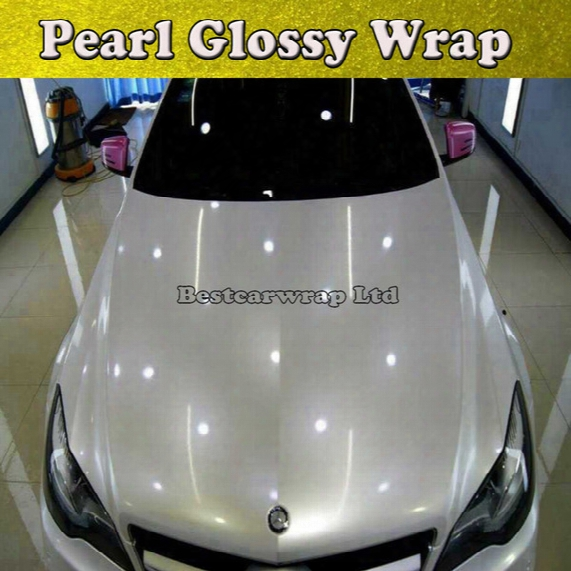 Pearl Gloss White Vinyl Wrap With Air Bubble Free Gloss Pearlecent White Film For Car Styling Vehicle Tuning Car Stickers Size 1.52*20m/roll