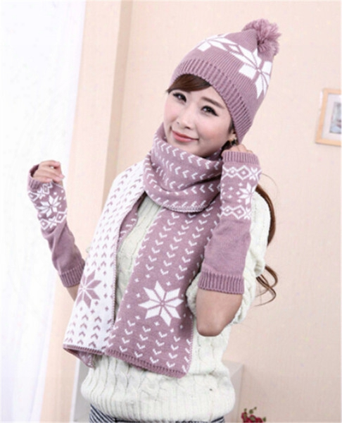 Wholesale-christmas Gift Warm Snowflake Design Knitting Winter Women Snow Hats Glove Scarf Three Pieces 3pcs/set Jd-279
