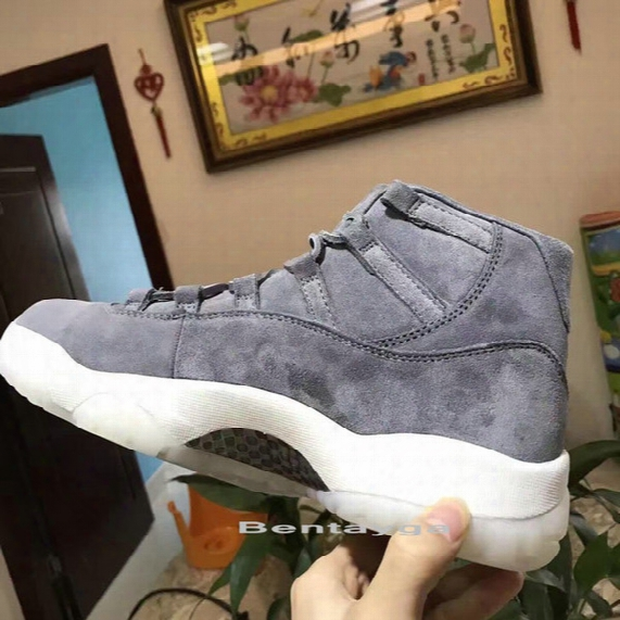 2017 Drop Ship Top Quality Air Retro 11 Suede Men Basketball Shoes Real Carbon Fibre Sports Shoes Size Eur 41-47 Wholesale Price